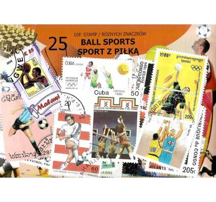 Pakiet filatelistyczny SPORTY Z PIŁKĄ 25 znaczkow