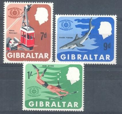 Znaczek Gibraltar 1967 Mi 202-204 Czyste **